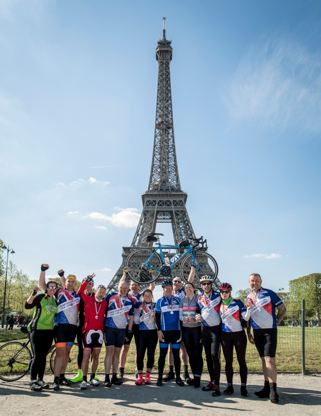 London 2 Paris 24hr cycle sportive. Photo credit : Chris Winter